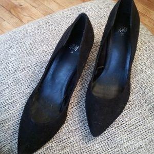 H&M faux suede black stilettos size 7